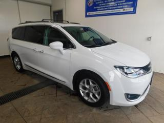 Used 2018 Chrysler Pacifica Touring-L Plus LEATHER SUNROOF DVD for sale in Listowel, ON
