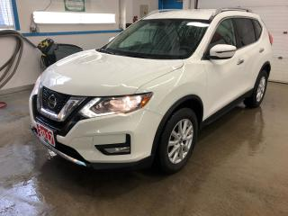 Used 2017 Nissan Rogue SV for sale in Kitchener, ON