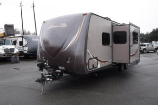 Used 2014 Holiday Rambler 236BHS Alumalite Travel Trailer 1 Slideout for sale in Burnaby, BC