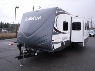 Used 2013 Forest River Wildcat T26BHS Travel Trailer 1 Slideout for sale in Burnaby, BC