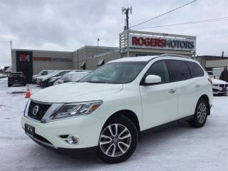 Used 2016 Nissan Pathfinder SV 4WD - 7 PASS - REVERSE CAM for sale in Oakville, ON