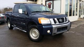 Used 2011 Nissan Titan SL Crew Cab 4WD SWB for sale in Kitchener, ON