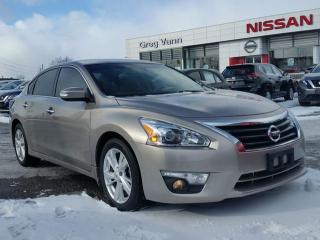 Used 2014 Nissan Altima 2.5 SL w/all leather,pwr moonroof,heated seats,rear cam,climate control for sale in Cambridge, ON
