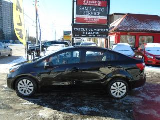 Used 2013 Kia Rio EX / LOADED / REVERSE CAM / ALLOYS /SUNROOF /CLEAN for sale in Scarborough, ON