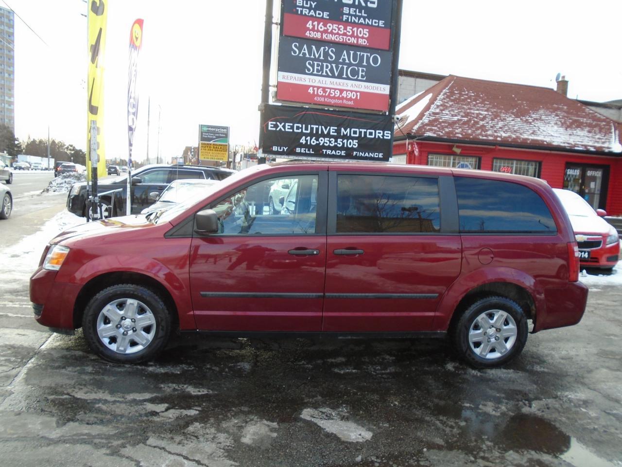2010 Dodge Grand Caravan SE / SUPER CLEAN / CERTIFIED / GOOD KM /STOW N GO