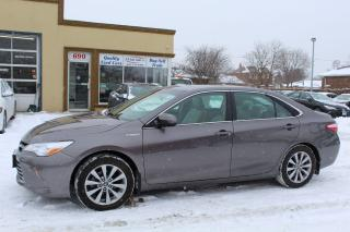 Used 2017 Toyota Camry XLE HYBRID for sale in Brampton, ON