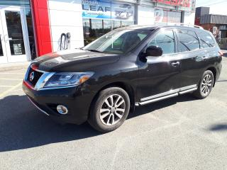 Used 2015 Nissan Pathfinder SL for sale in Val-D'or, QC