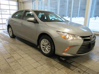Used 2016 Toyota Camry LE NO DAMAGE CLEAN CARPROOF for sale in Toronto, ON