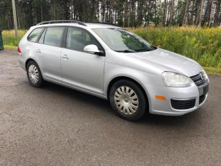 Used 2009 Volkswagen Jetta Jetta familaile for sale in Mirabel, QC