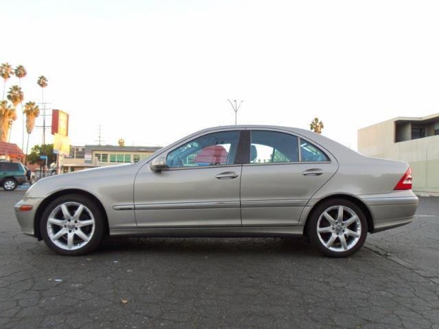 Used 2003 Mercedes-Benz C230 Kompressor for Sale in Oakville