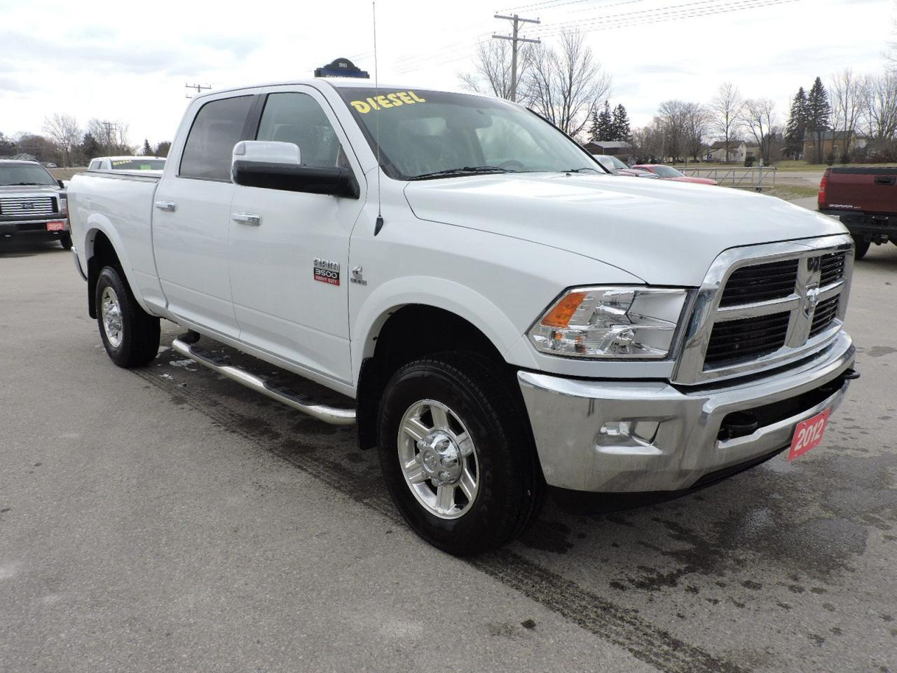 2012 RAM 3500 Laramie. Diesel. Leather. New tires