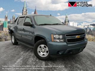 Used 2012 Chevrolet Avalanche LS 4WD for sale in Bells Corners, ON