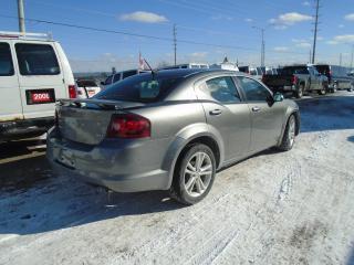 Used 2012 Dodge Avenger SXT for sale in Mississauga, ON