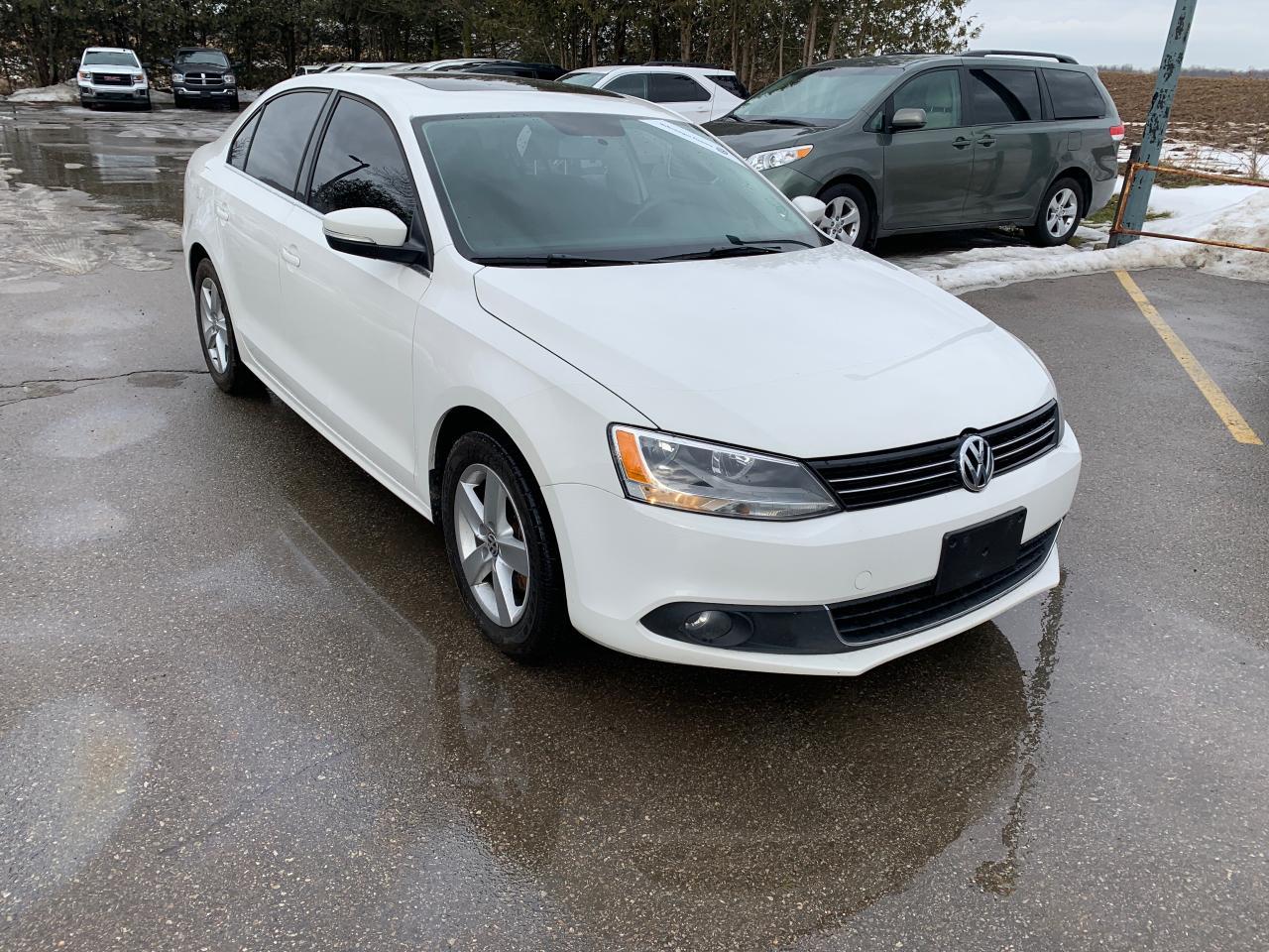 Photo of White 2013 Volkswagen Jetta