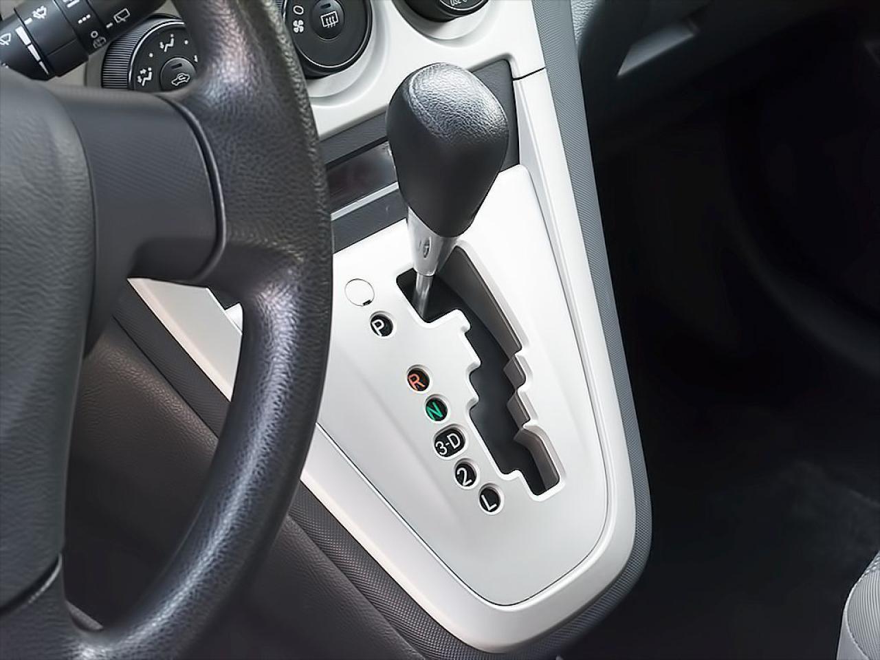 2010 Toyota Matrix AWD|AUTOMATIC|ROOF RACK