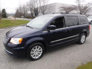 Used 2014 Chrysler Town & Country Touring Stow N GO for sale in Burnaby, BC