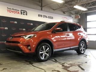 Used 2016 Toyota RAV4 XLE AWD - Gar. prol. incl. - Toit for sale in Trois-Rivières, QC