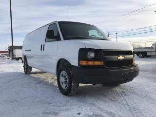 Used 2016 Chevrolet Silverado 2500 Chev. Express Cargo 2500 155 po for sale in Terrebonne, QC
