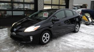Used 2015 Toyota Prius Hybride Synergy for sale in Sherbrooke, QC