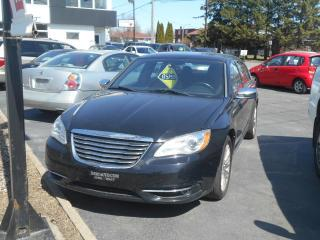 Used 2011 Chrysler 200 Berline 4 portes Limited for sale in Sorel-Tracy, QC