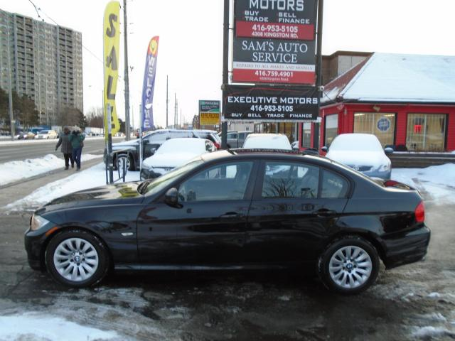 2009 BMW 3 Series 323i / LEATHER / ALLOYS / ONE OWNER / NO ACCIDENT/
