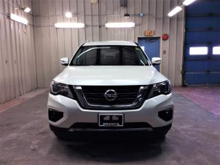 Used 2017 Nissan Pathfinder SV for sale in Ottawa, ON