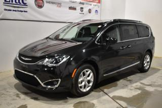 Used 2018 Chrysler Pacifica Touring-L Plus 8 for sale in Sherbrooke, QC