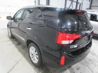 Used 2014 Kia Sorento EX**AUTOMATIQUE**4WD**TOIT PANORAMIQUE for sale in Mirabel, QC