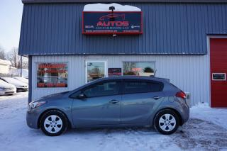 Used 2017 Kia Forte5 LX for sale in Lévis, QC