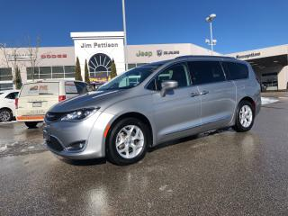 Used 2017 Chrysler Pacifica Touring-L Plus, Fully Equipped ! for sale in Surrey, BC