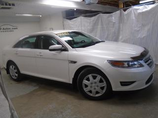 Used 2011 Ford Taurus SEL for sale in Ancienne Lorette, QC