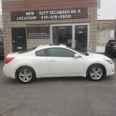 Used 2010 Nissan Altima 2.5 S for sale in Windsor, ON