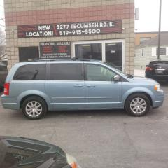 Used 2010 Chrysler Town & Country Limited for sale in Windsor, ON