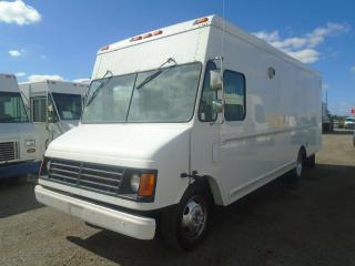 Used 2004 Chevrolet P-Series Van(please delete) 18 FT for sale in Mississauga, ON