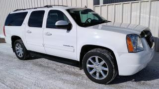 Used 2014 GMC Yukon XL SLT | Sunroof | 20 Chrome Wheels | 8 Passenger for sale in Listowel, ON