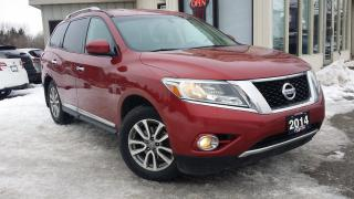Used 2014 Nissan Pathfinder SL 4WD for sale in Kitchener, ON