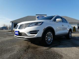 Used 2015 Lincoln MKC AWD LEATHER PANORAMIC SUNROOF LOADED for sale in Essex, ON