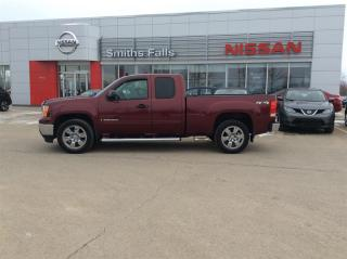 Used 2009 GMC Sierra 1500 SLE Ext Cab 4WD for sale in Smiths Falls, ON