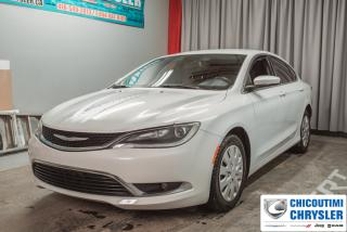 Used 2015 Chrysler 200 Berline 4 portes Limited, traction avant for sale in Chicoutimi, QC