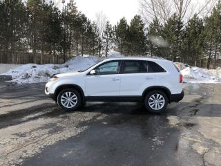 Used 2011 Kia Sorento EX 4WD for sale in Cayuga, ON