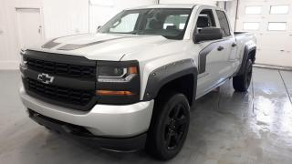 Used 2017 Chevrolet Silverado 1500 Custom for sale in St-Hyacinthe, QC