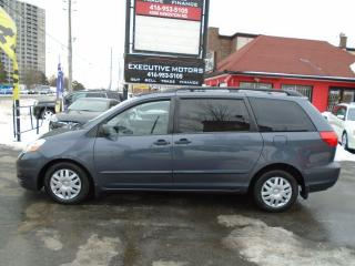 Used 2008 Toyota Sienna CE / MINT / NO ACCIDENT / CERTIFIED / LOW KM / for sale in Scarborough, ON