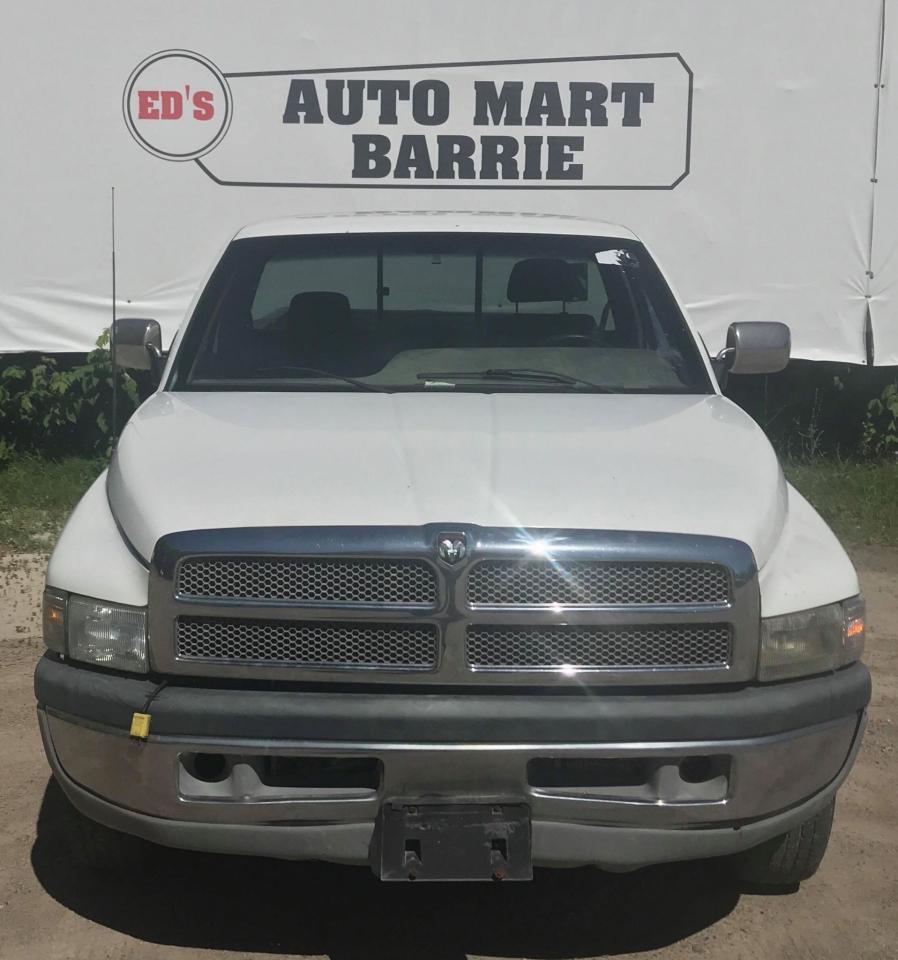 Photo of White 1996 Dodge Ram 2500