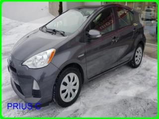 Used 2014 Toyota Prius c 5DR HB for sale in Longueuil, QC