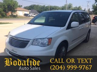Used 2014 Chrysler Town & Country TOURING for sale in Headingley, MB