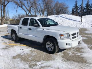 Used 2011 Dodge Dakota SXT Alloy wheels/ One Owner / Local Truck! Very Clean for sale in Winnipeg, MB