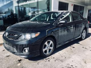 Used 2011 Toyota Corolla S + Cuir + Toit for sale in Ste-Julie, QC
