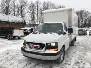 Used 2018 GMC Sierra 3500 Cube 12 pieds avec Rampe Hydraulique for sale in Sherbrooke, QC