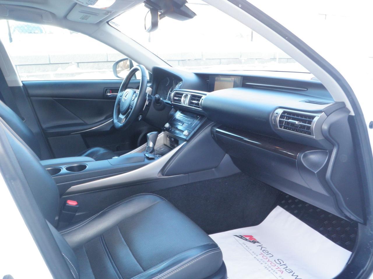 2014 Lexus IS 350 AWD LUXURY GORGOUS