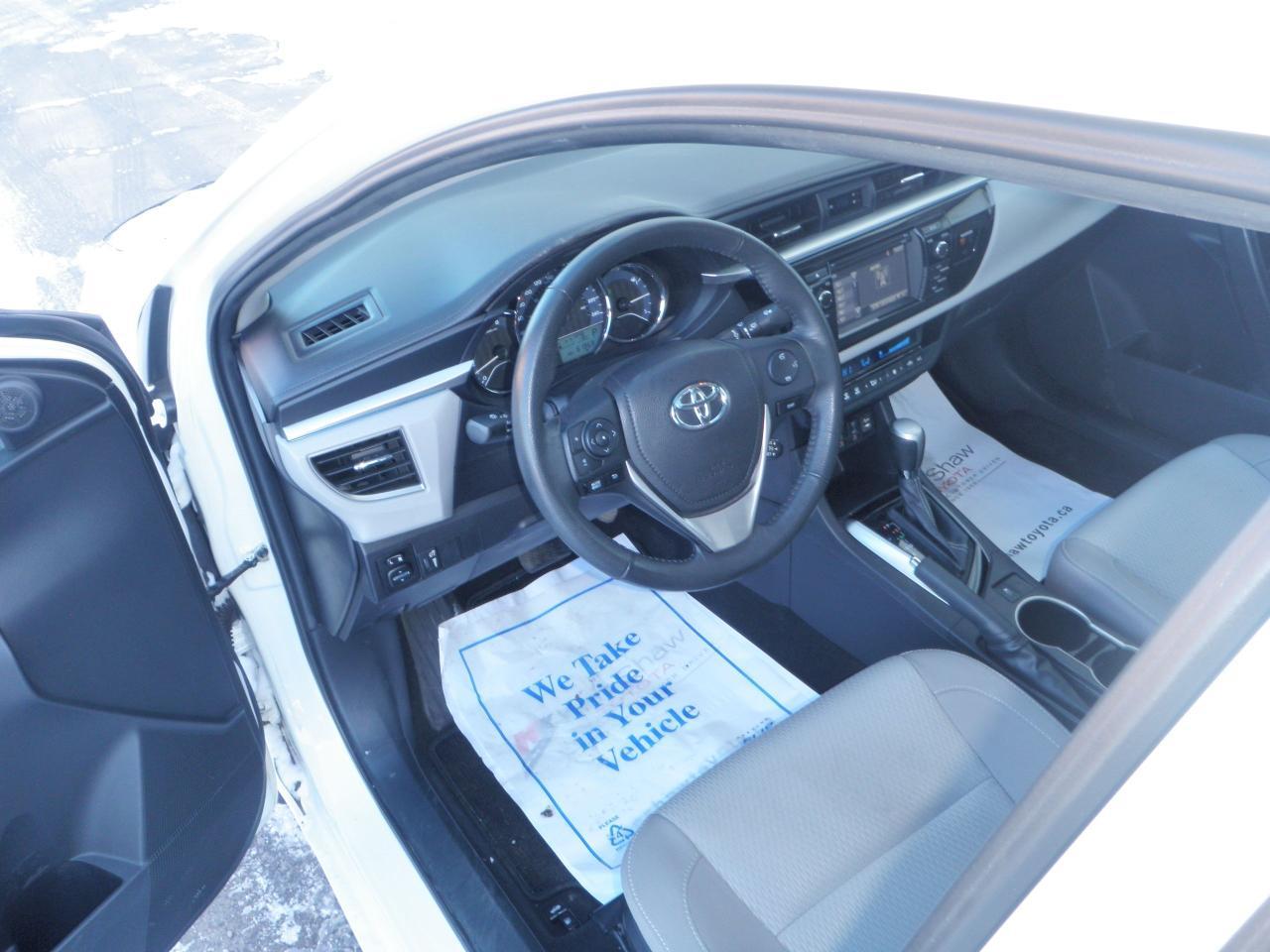 2015 Toyota Corolla LIKE A SPORT ROOF WHEELS